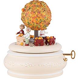 """Spieldose """"Der Alte Apfelbaum im Herbst""""  -  18cm"""